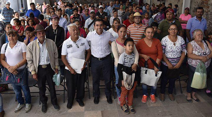 Encabeza Roberto Sosa entrega de apoyos de Mejoramiento de Vivienda