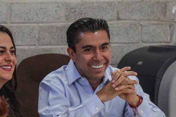 Dejara Roberto Sosa su cargo el 31 de marzo para concentrarse en la contienda