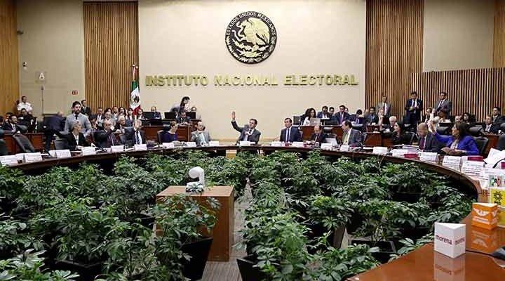 Registra INE candidaturas a la Presidencia de la República, diputados federales y senadores