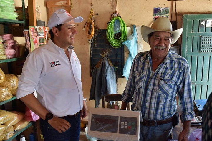 Ernesto Luque, cercano a las familias serranas