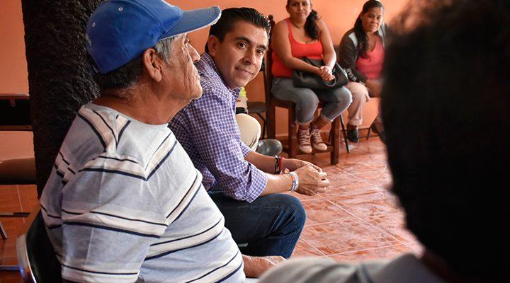 Dialoga Roberto Sosa con líderes de la Asociación de Asociaciones Tlatoani