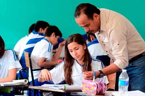 Mañana regresan a clases 461 mil estudiantes de educación básica