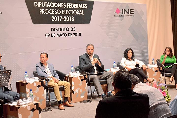 Ganó Manuel Pozo debate de candidatos a diputado federal por el Tercer Distrito