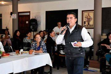 Reconoce Roberto Sosa a mujeres de Corregidora